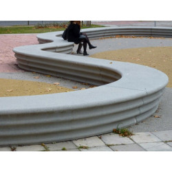 Hebi - Bank/ Landschaftselement aus Beton