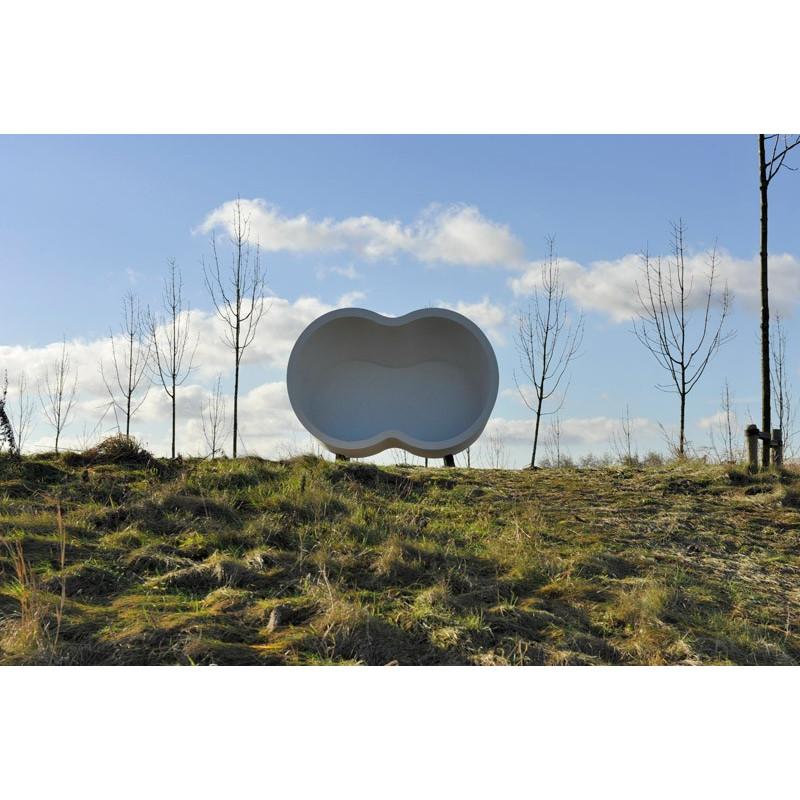Binocular - Bank/ Landschaftselement aus Beton