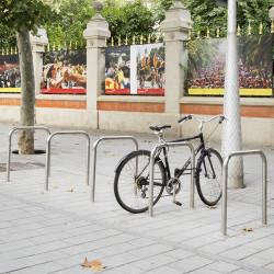 Bici N - Veloständer aus Edelstahl