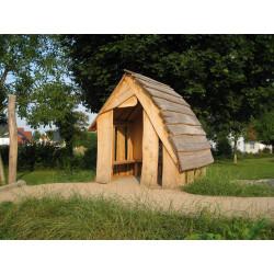 refuge des bois en robinier - écorcé et poli - avec plancher
