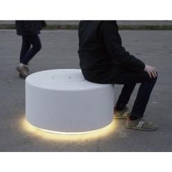 Soc - borne lumineuse en béton