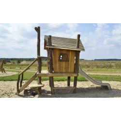 Maison de jeux sur pilotis en bois avec jeu de sable et toboggan - robinier