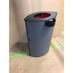 La Linea Abfallbehälter mit Aschenbecher Ausstellungsmodel