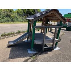 Bois de robinier-Tour avec toboggan pour maternelle