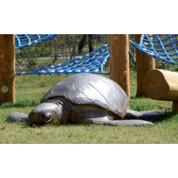 "Sculpture de jeu ""la tortue d'eau"" - robinier SIK"