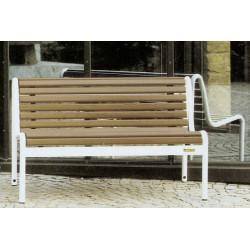 Jung 14-2 - Banc de parc avec lattage en bois