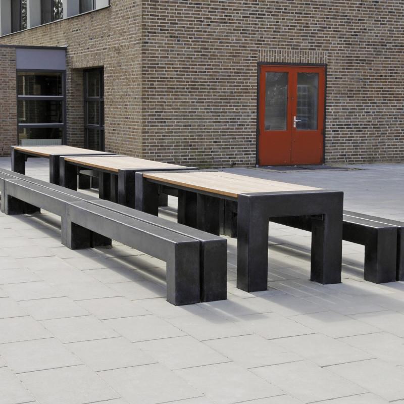 Max Tra Tisch