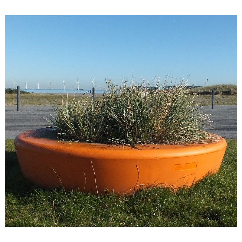 out-sider Loop Planter
