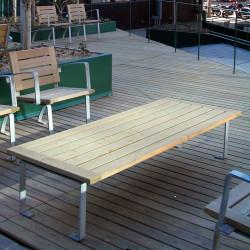 Luco - Hockerbank aus Stahl und Holz