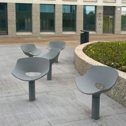 Sol - chaise en béton