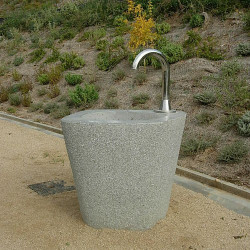 Escofet Rural - Fontaine en béton